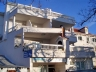 hostels rooms split