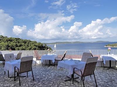 Sunčani Hvar Sirena hotel