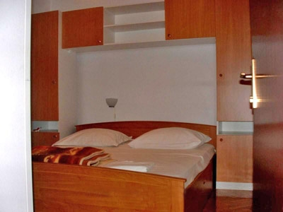 brodarica sibenik accommodation