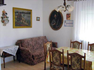 hvar apartments rooms