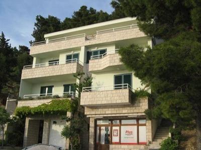 brela apartments