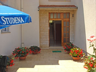 fazana accommodation